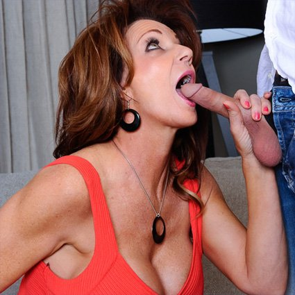 deauxma sucking cock